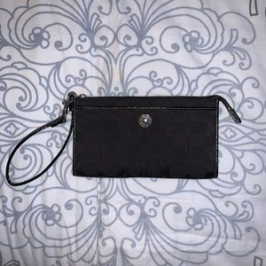 Coach Cloth Black Signature Wristlet